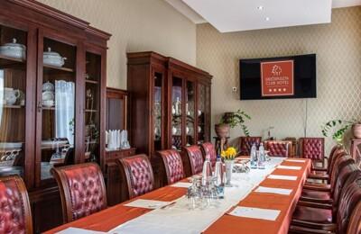 Erdőspuszta Club Hotel Debrecen - Rendezvények - Termeink - Herr Bukolyi Terem